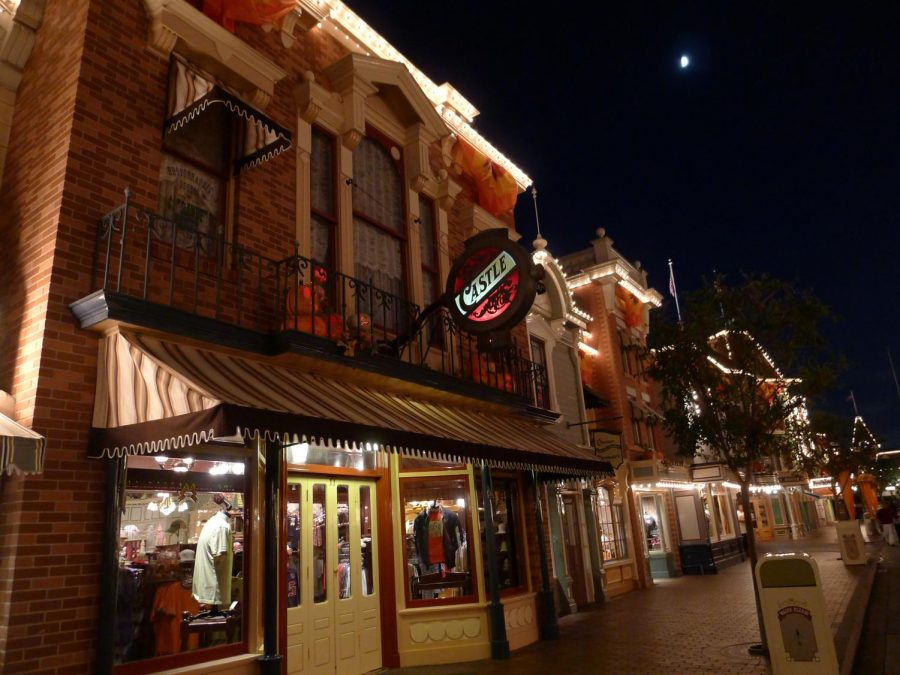 Disneyland%27s+iconic+Main+Street%2C+U.S.A+has+welcomed+previous+senior+classes+for+Grad+Nite+but+for+the+second+year+in+a+row%2C+the+once-a-year+event+has+been+canceled.