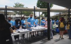 Video: Students react to first sophomore BBQ