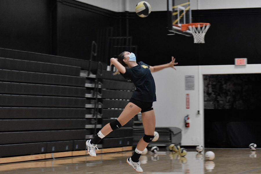 Opposite hitter senior Sophia Freiboth winds up for a serve during an Aug. 11 practice. The Lady lancers are 2-4 leading up to their first Freeway League season game against La Habra High School at 5:30 p.m. tonight, Sept. 13, in the gym.